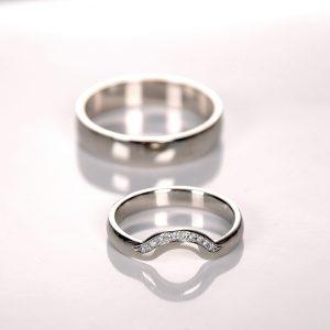 Obrączki dopasowane do pierścionka zaręczynowego
