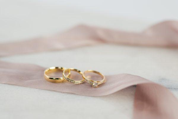 Komplet pierścionek i obrączka z brylantami